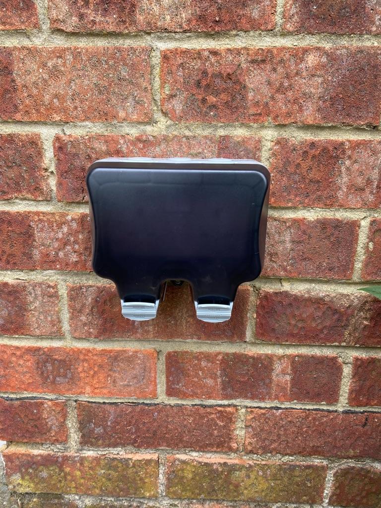 A double outside socket. (See description)