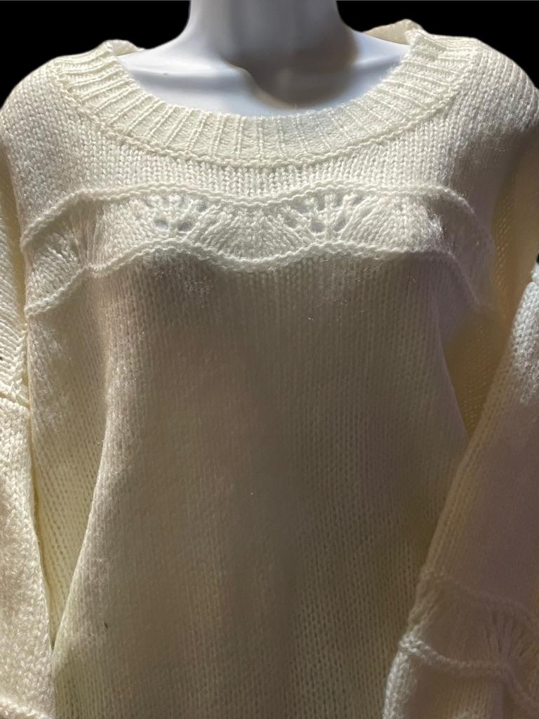 Oddy Sweater Size: One Size