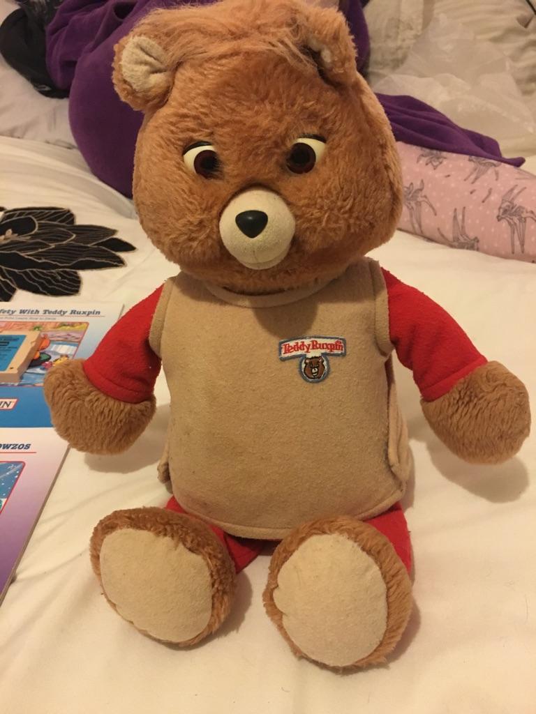 Vintage 1992 teddy Ruxpin