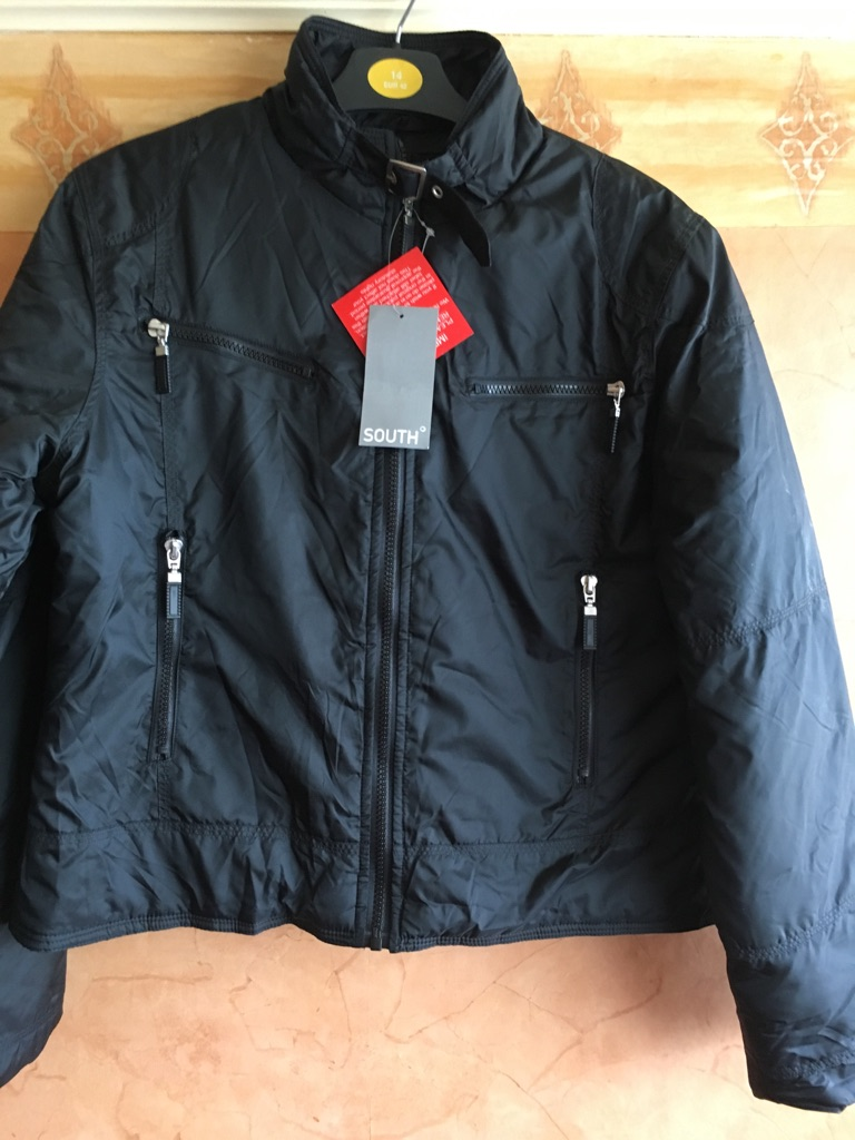 Black South design padded jacket