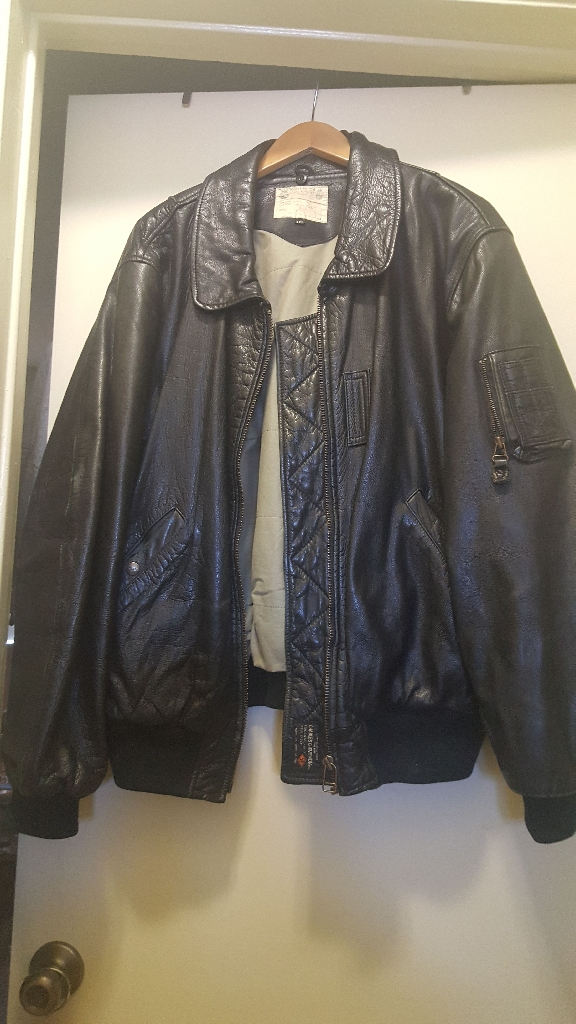 BLACK LEATHER JACKET XXL