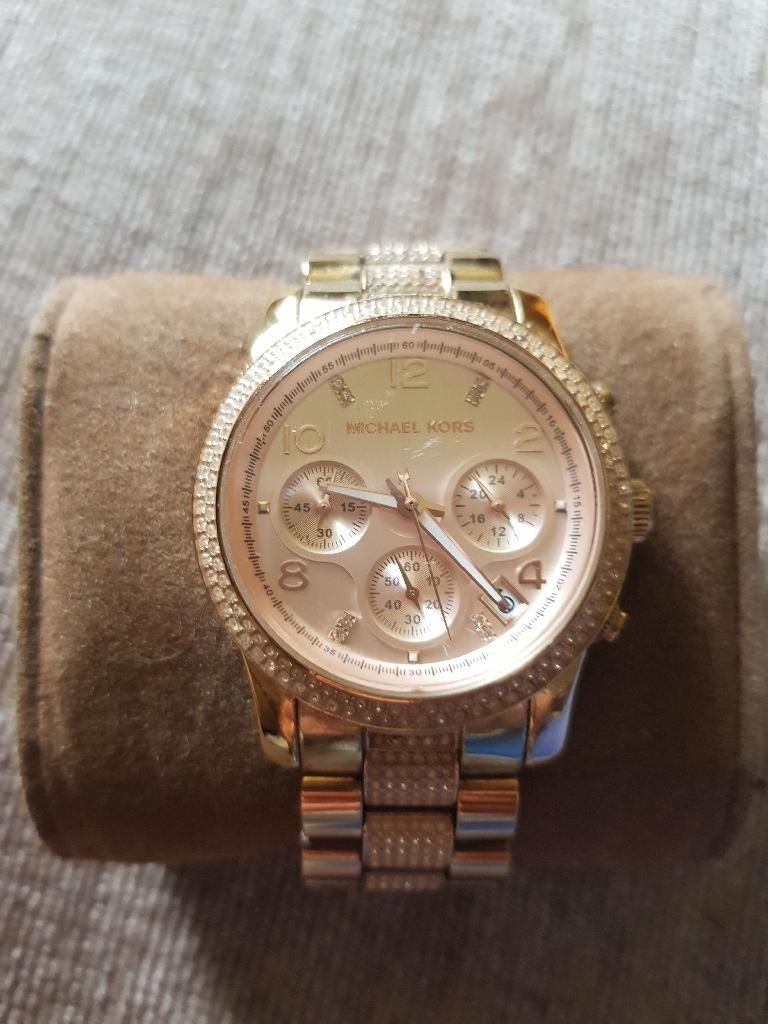 Michael korrs chronograph  rose gold watch