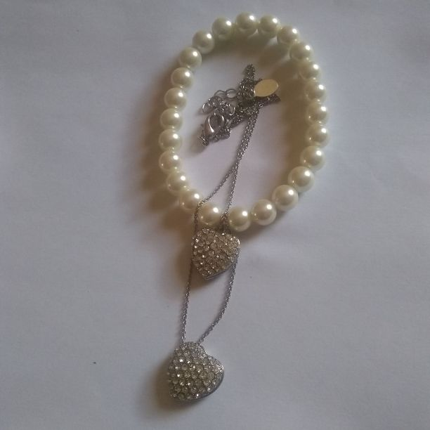 Braclet and chain heart set