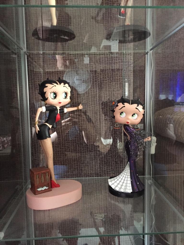 Betty boop figurines
