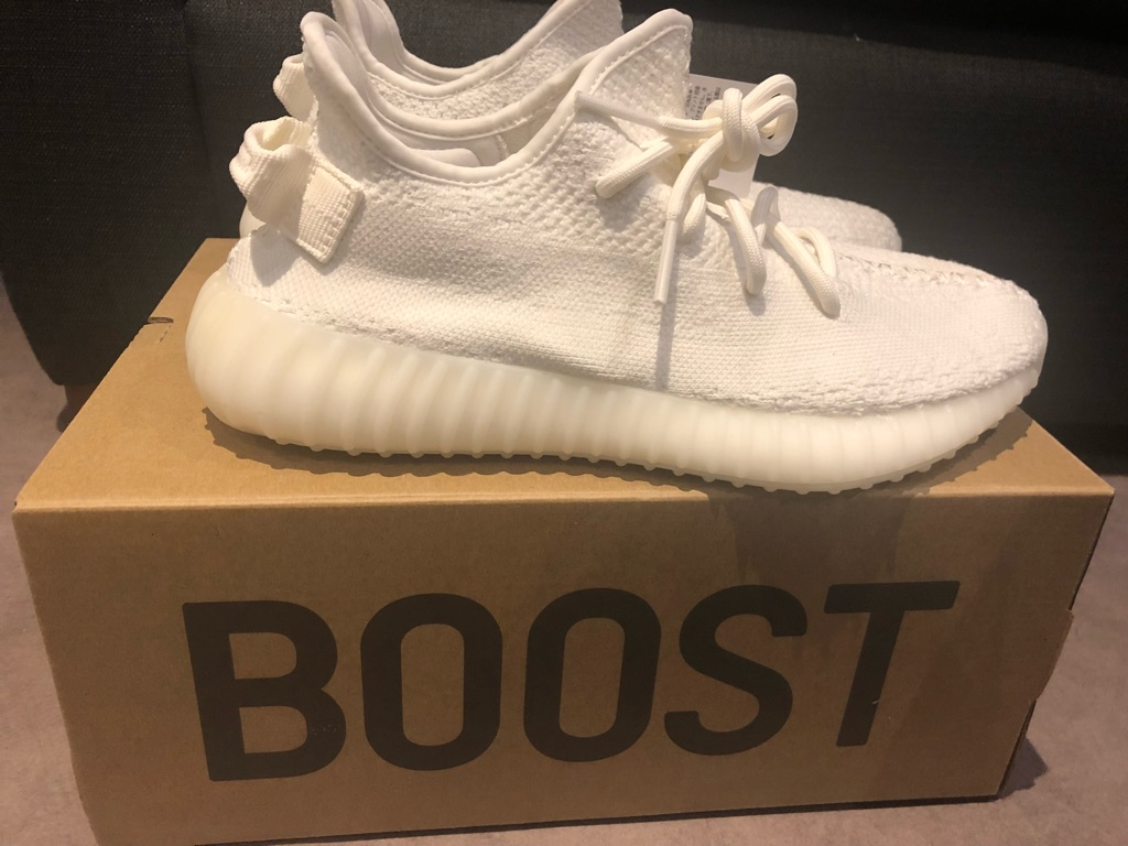 Yeezy Boost 350 V2 Size UK 6.5 US 7 Triple White