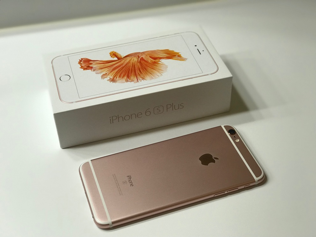 Iphone 6S Plus unlocked 64 gb