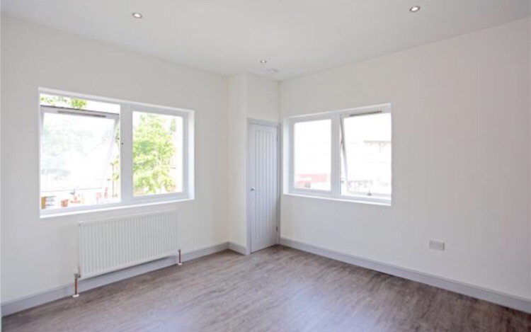 Stylish Double bedroom, 20 mins from Liverpool St.