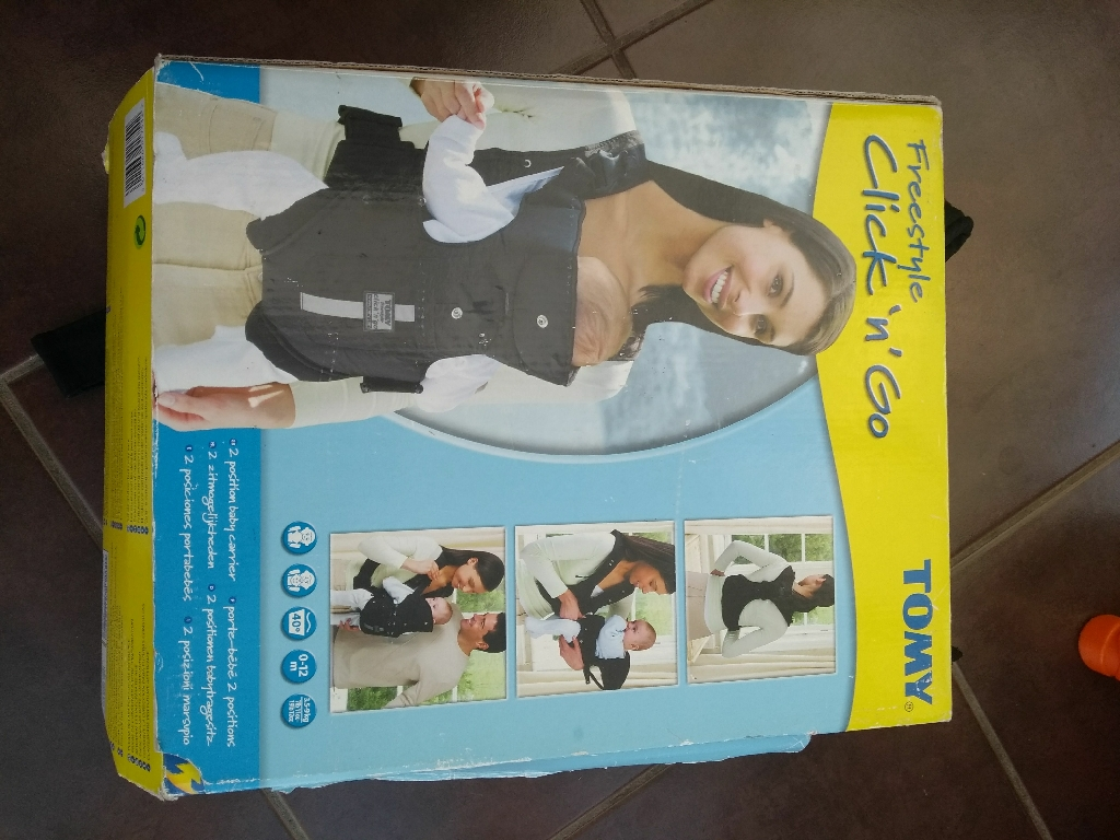 Tomy freestyle click n go baby carrier