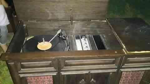 Antique radio/record player