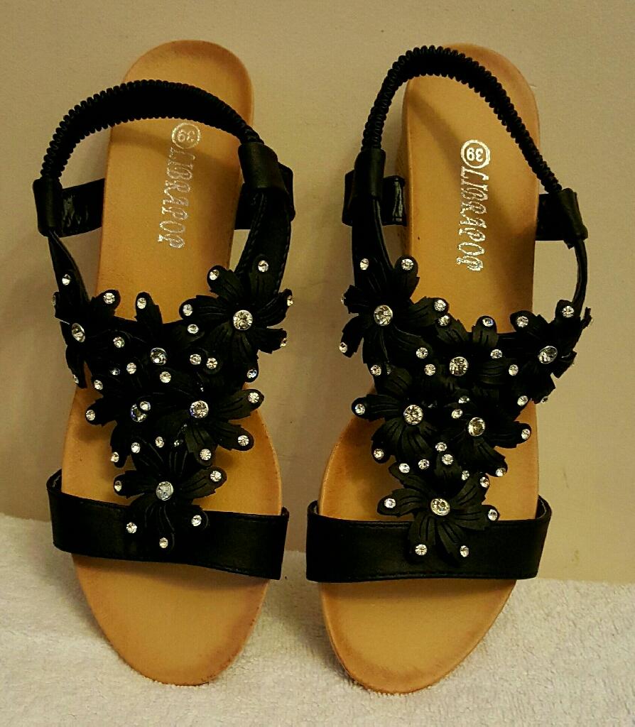 black wedge flower stretchy strap sandals