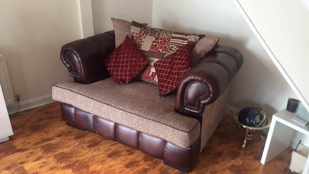 3&2seater chesterfield sofas