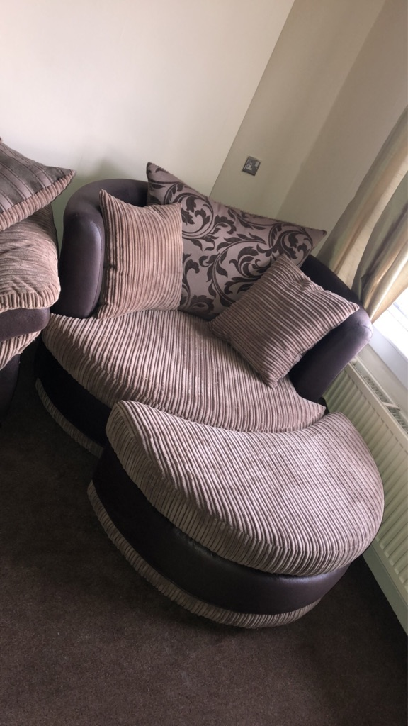 Large 3 piece corner sofa