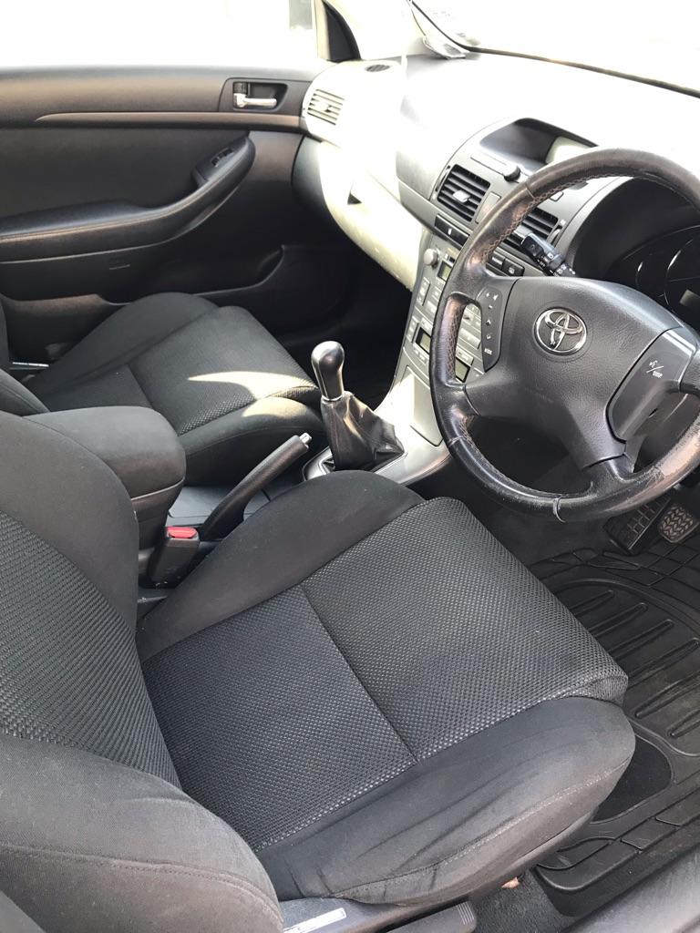 Toyota Avensis T3-X D4-D 5 door hatchback