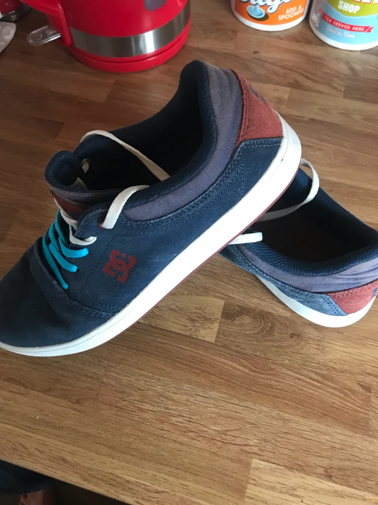 Boys trainers