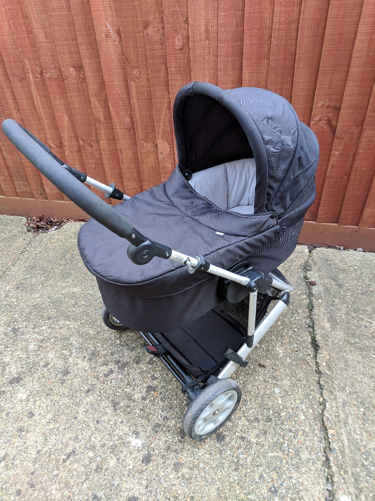 Mamma and Pappas pushchair, pram, travel system