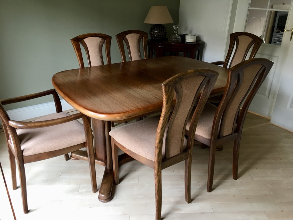 Dark oak dining table + 6 chairs