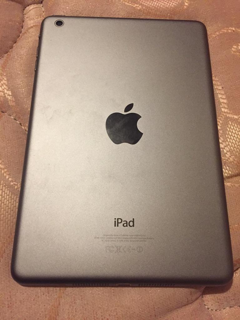iPad mini 16gb space grey