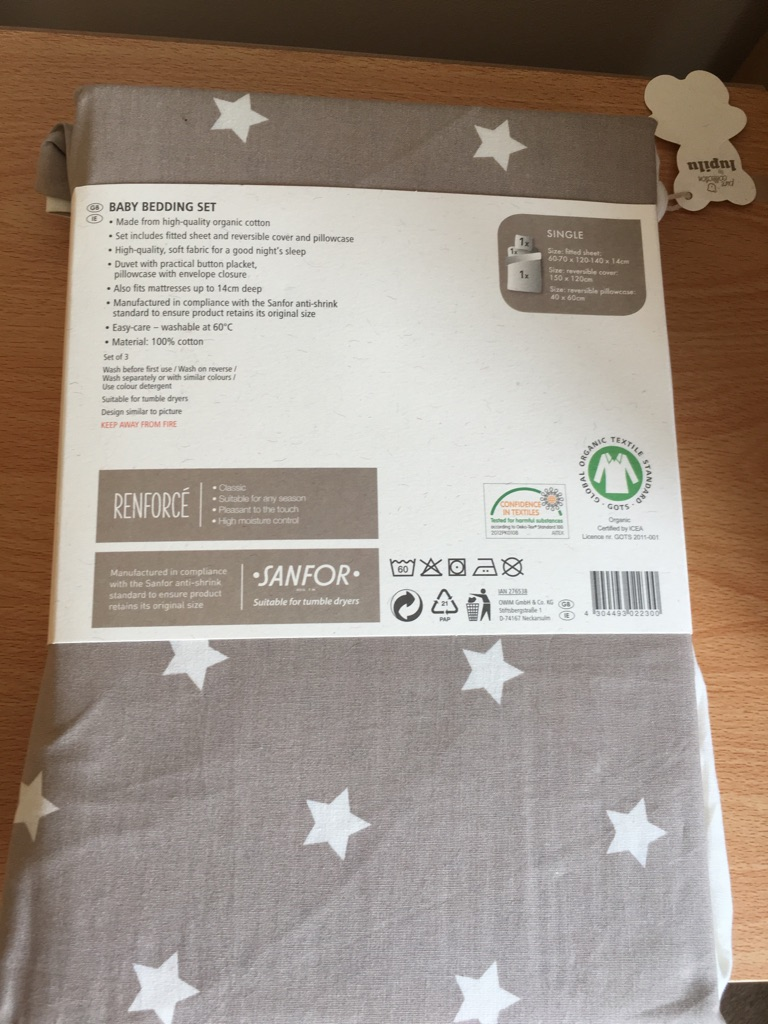 Stars and spots bedding