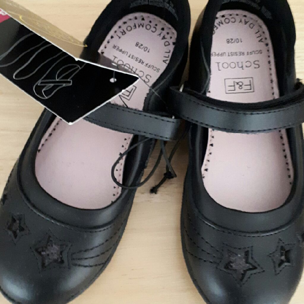 Florence & Fred Girls Scuff Resist Shoes Size 10