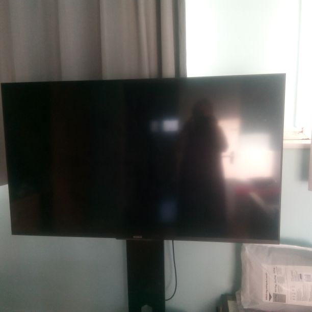 Sony Bravia 55 inch TV and stand