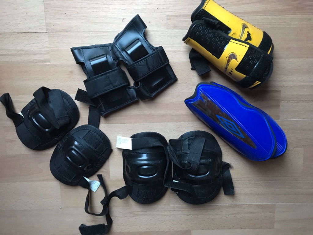 Children's protective gear sets