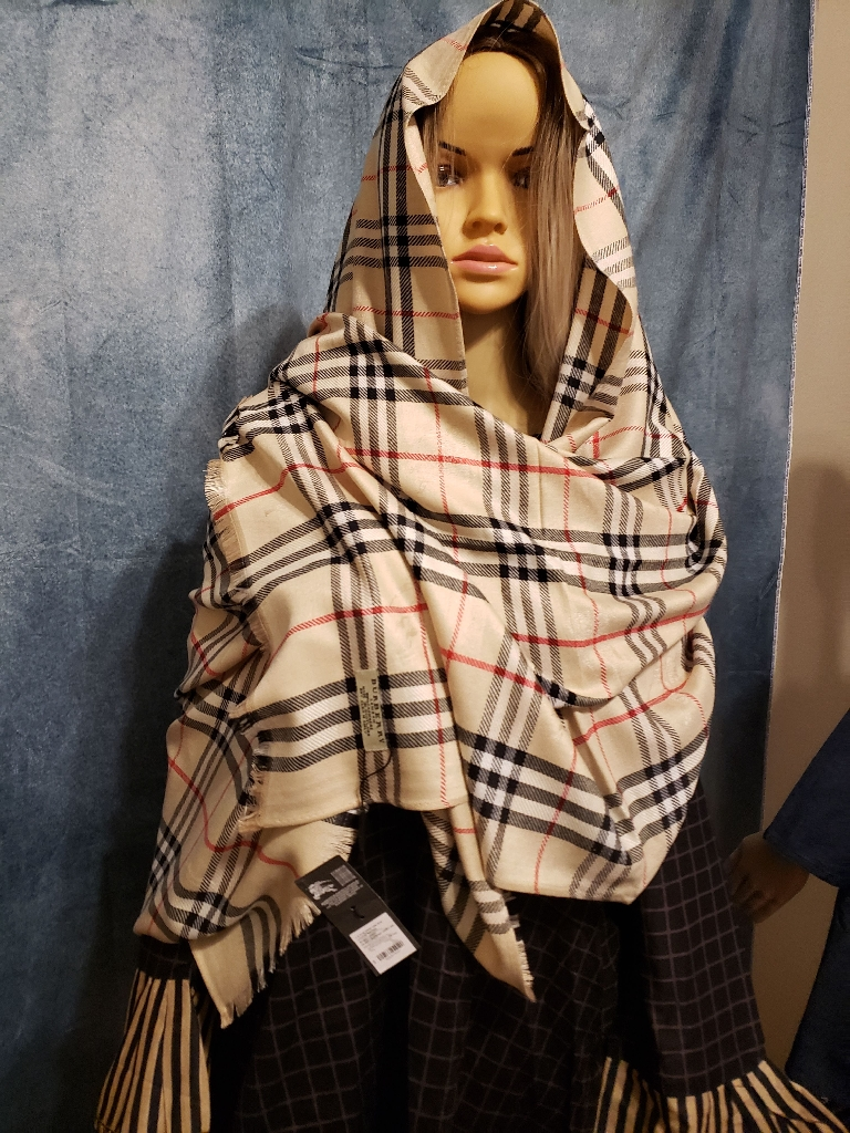Brand new Burberry scarved/wrap