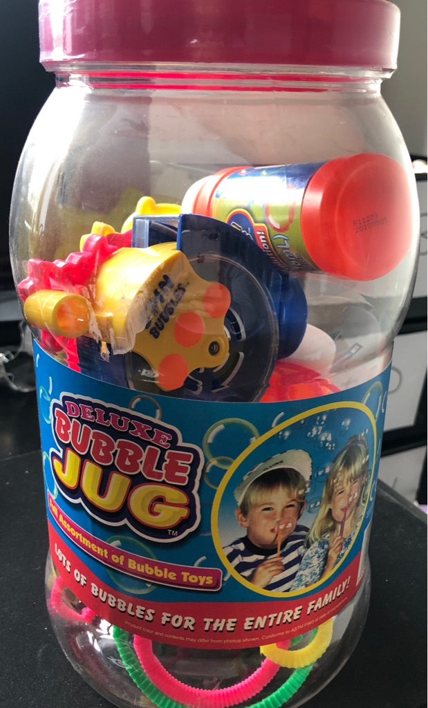BRAND NEW CHILDS DELUXE BUBBLE JUG