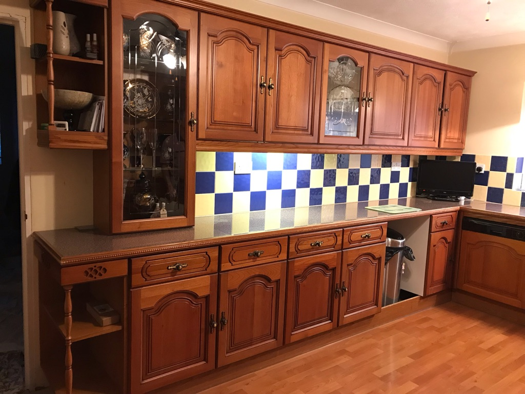 Cherry wood complete kitchen