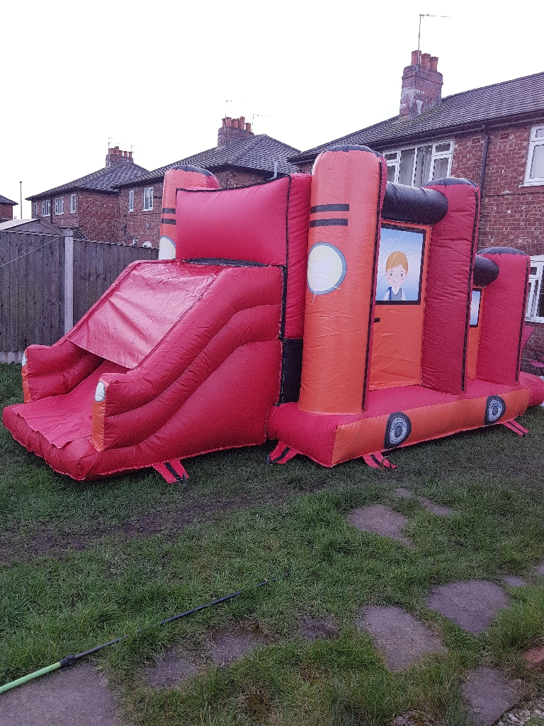 Bouncy castle for hire red jeep with slide 22ftx11ft