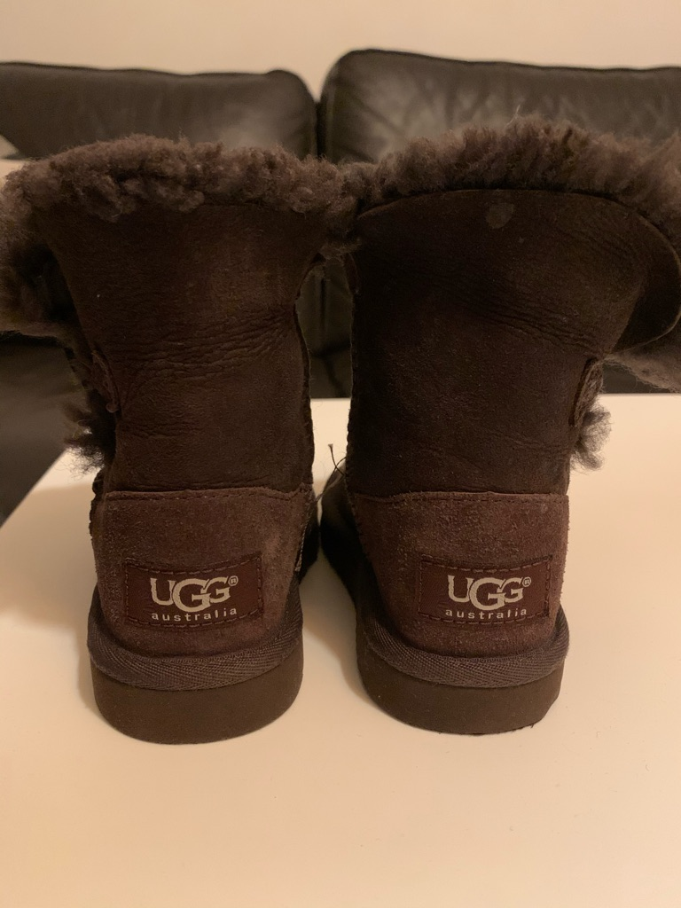 Ugg Bailey Junior Boots with Button