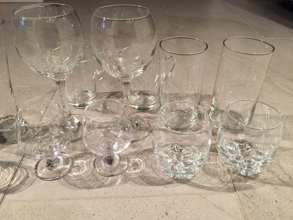 6 pairs of glasses