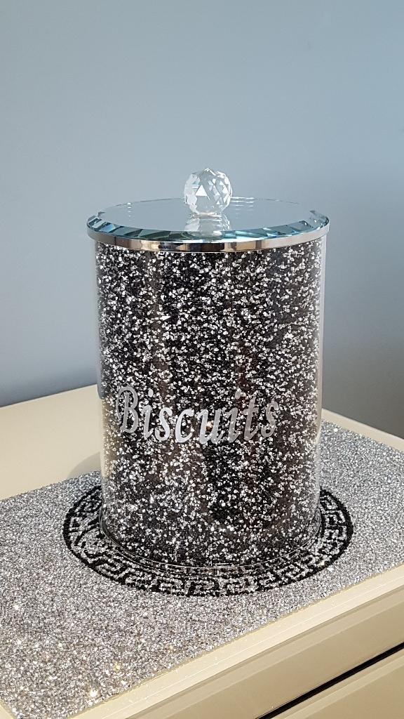 Large crushed crystal Biscuits bin new in box