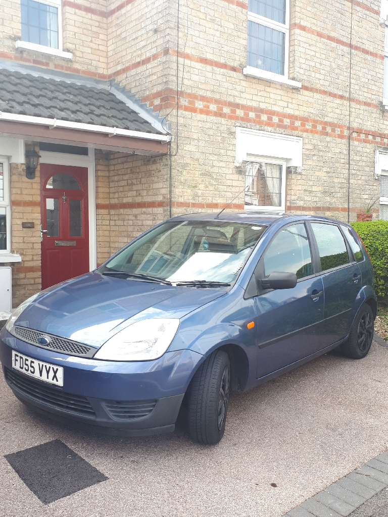 Ford Fiesta (2005) blue LOW MILES