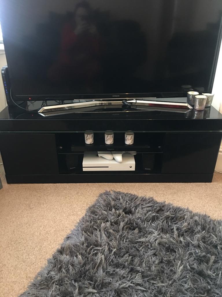Tv unit + coffee table