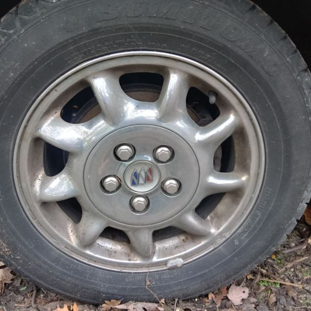 2000 buick park ave ultra chrome rims with tires