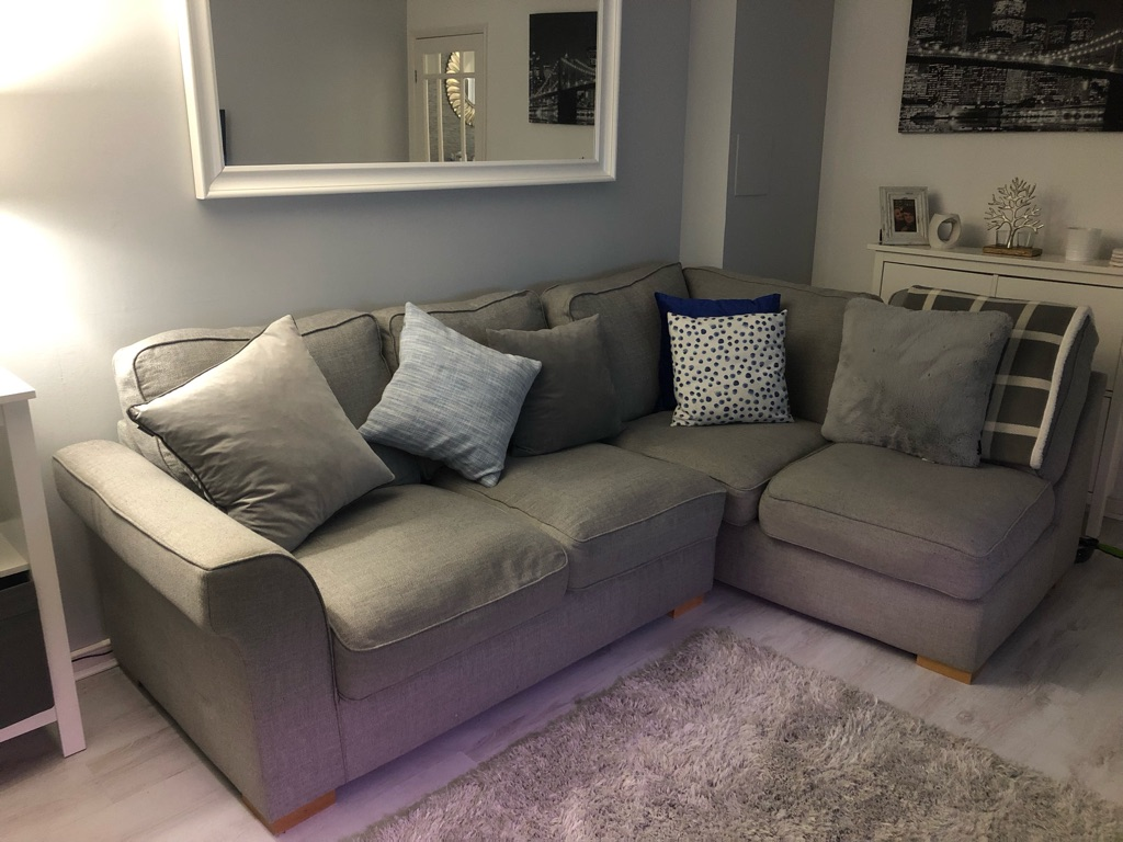 4-5 Seater Couch