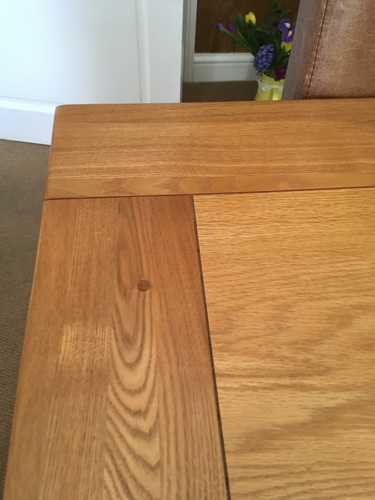 6ft extendable solid oak table with 8 chairs