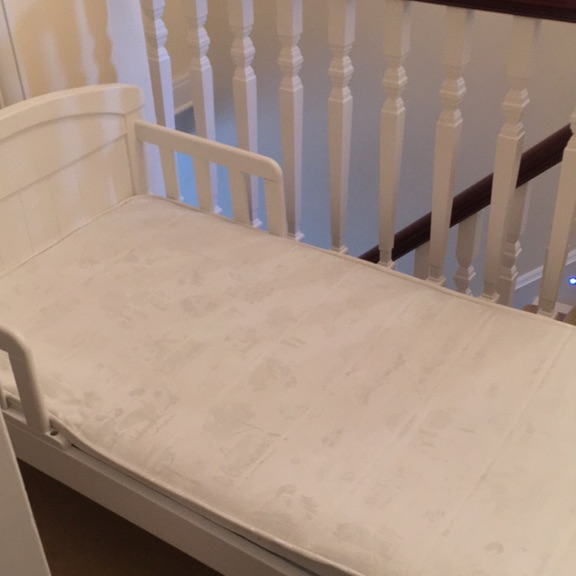 'Baby Weavers' toddler bed