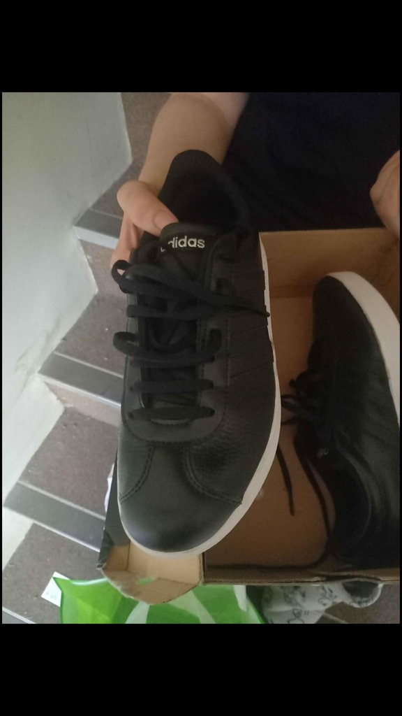 Adidas trainers ONO