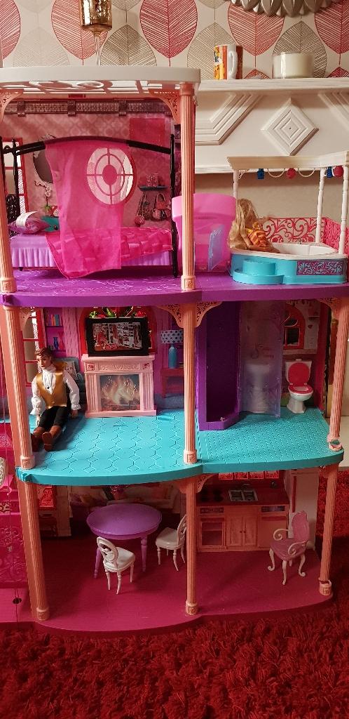 3storey Barbie house