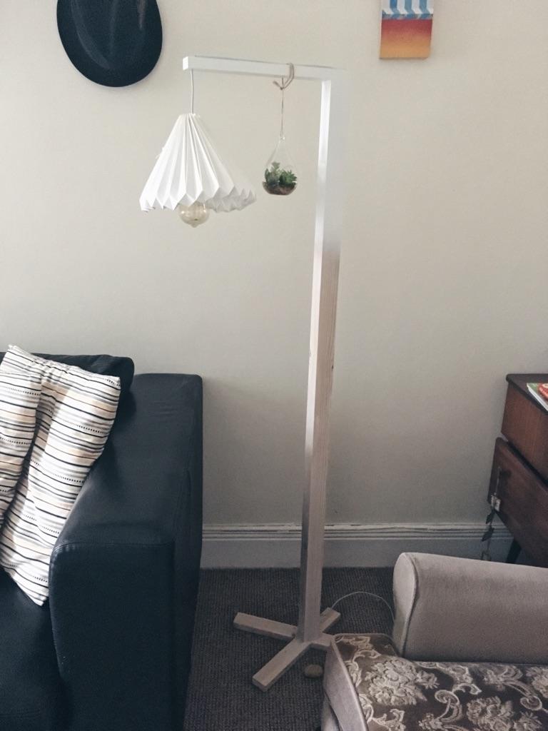 Modern architect white gradient solid wood  floor lamp