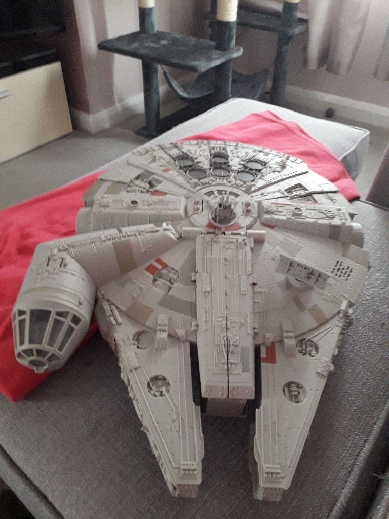 Large millenium falcon toy