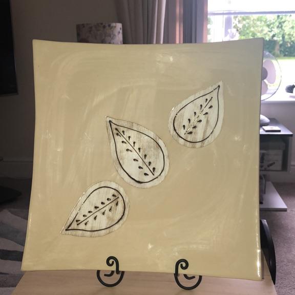 Decorative plate. 16 x16 square
