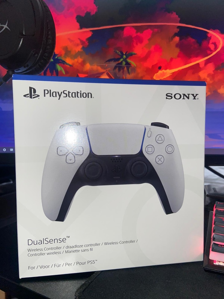 Playstation 5 Dualsense Wireless Controller - PS5 - Brand New & Unopened