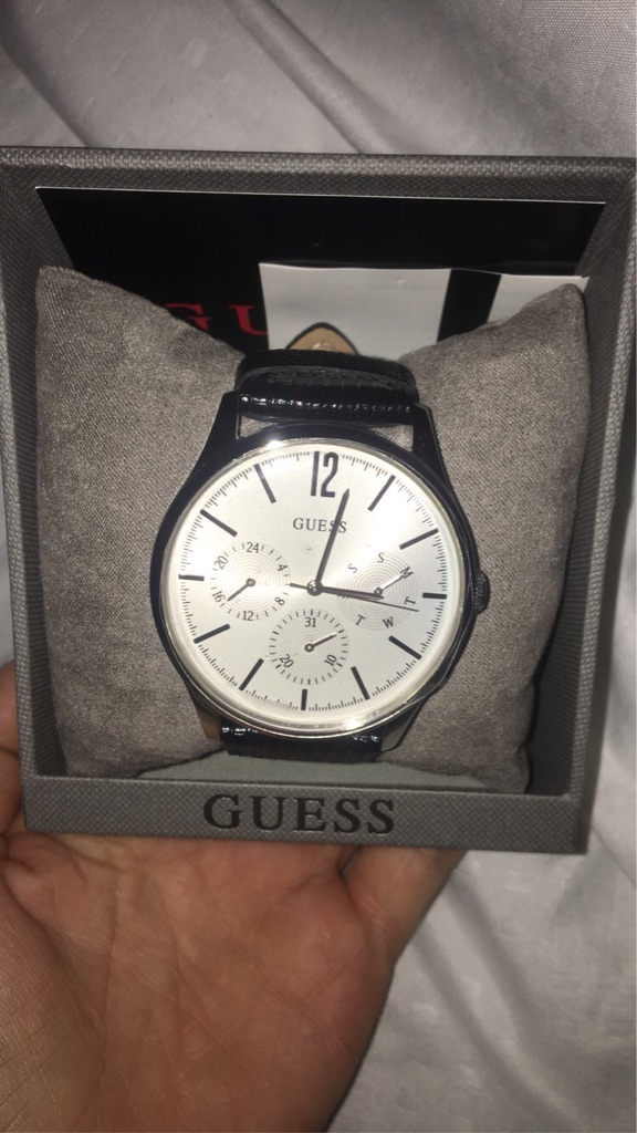 GUESS men's watch (brand new)