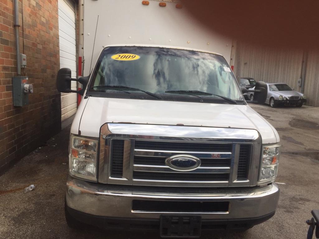 2009 E350 Ford truck heavy duty