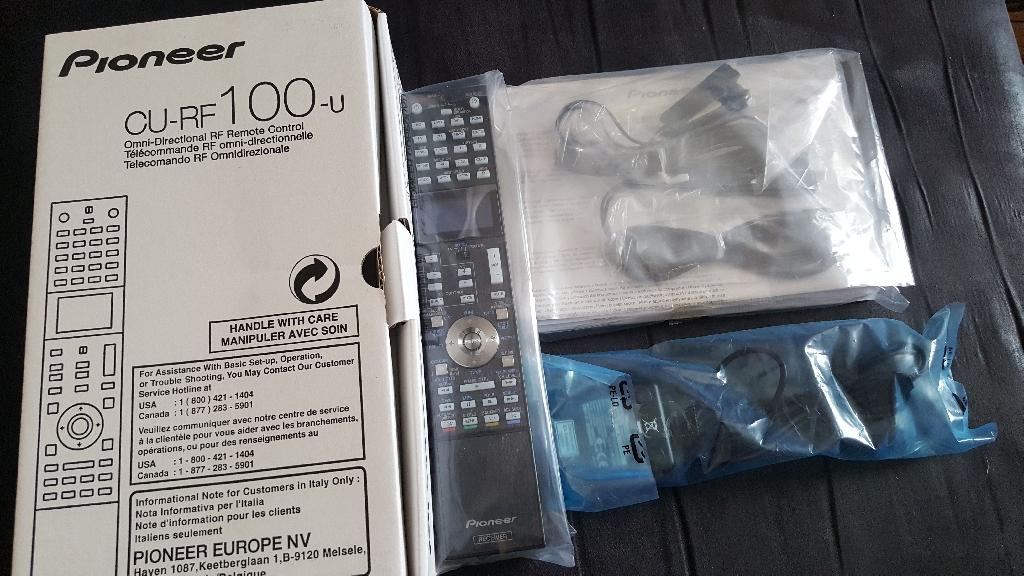 Pioneer CU-RF remote control