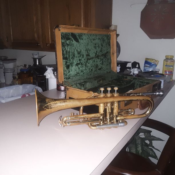 Elkhart Trumpet Good Condition Fully Functioninal