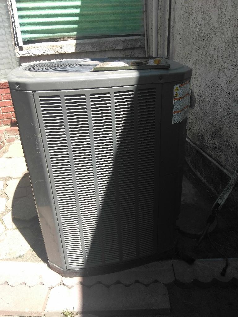 Trane air condenser