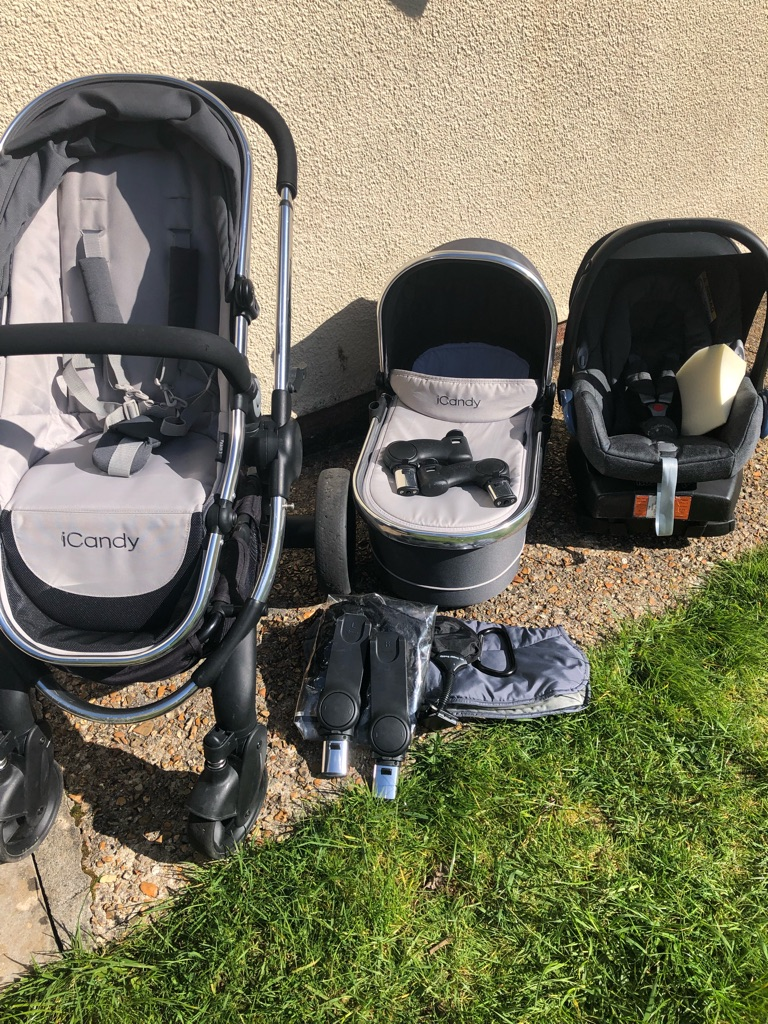 TRAVEL SYSTEM- iCandy Peach 3 with Maxi-Cosi car seat and base